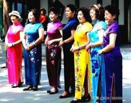 旗袍攝影的站姿有什麼講究?旗袍模特怎麼站位合適?